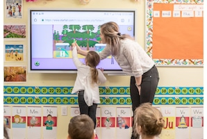 Why Early Childhood Educators Love Teaching With Samsung Flip