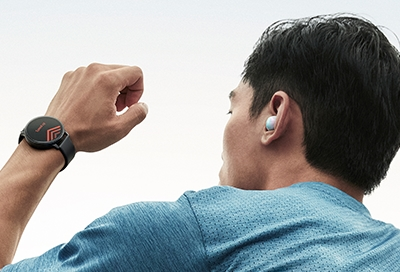 Pair Bluetooth Headphones To Your Samsung Smart Watch
