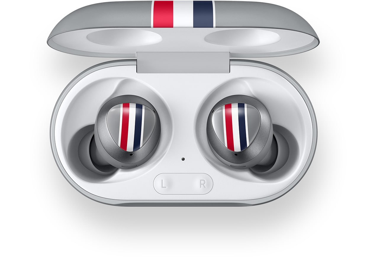 Aerial view of Galaxy Buds plus Thom Browne Edition in their cradle