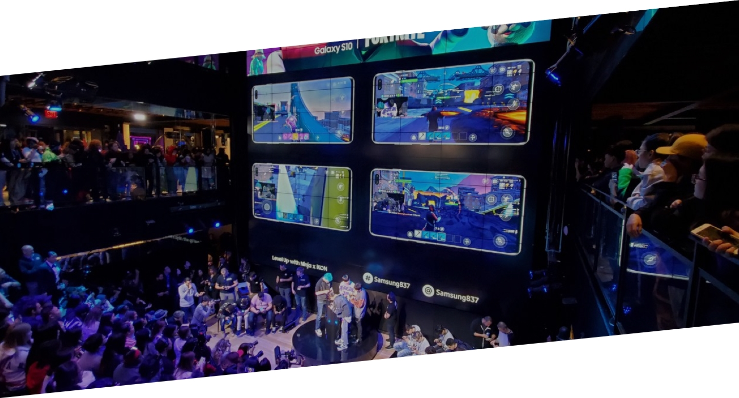 Crowds watch the action at the sold-out Fortnite Tournament at Samsung 837