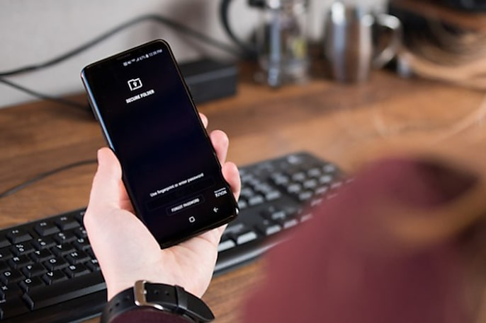 Why You Need Samsung Knox on Your Work Phone