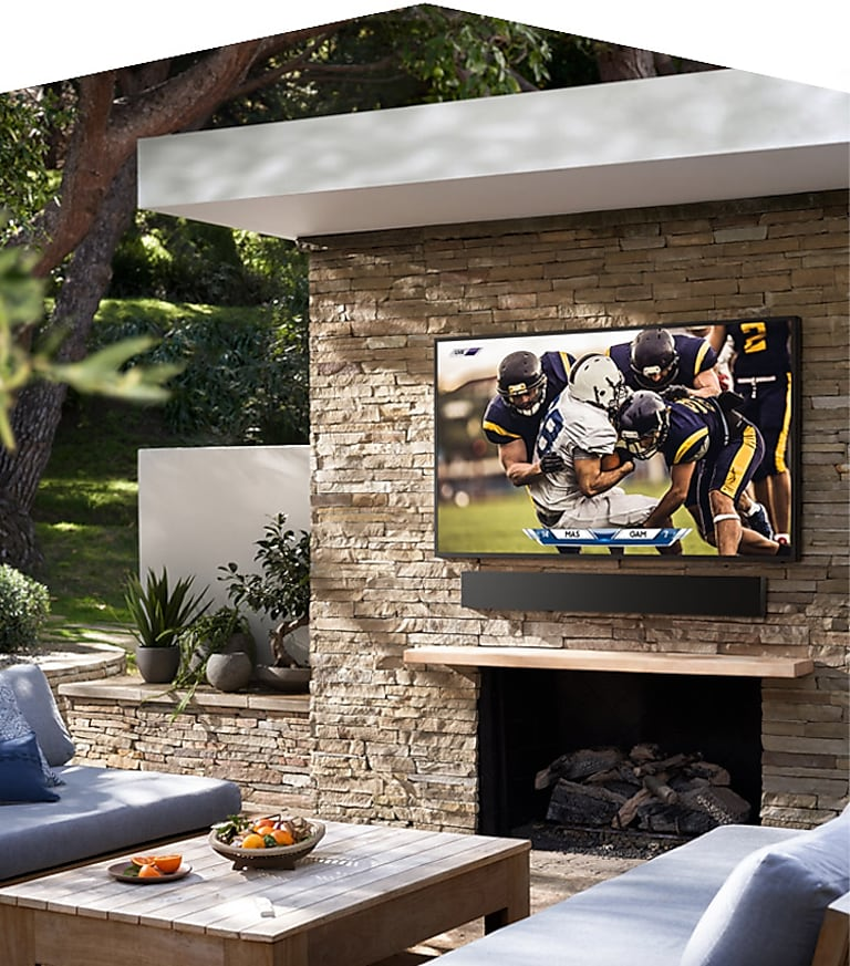 Samsung QLED experience, now outdoors