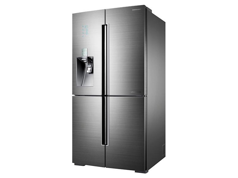 4 Door Flex Chef Collection Refrigerator With Sparkling