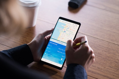 Help Your Team Move Fast and Travel Light With the Galaxy Note9 and DeX