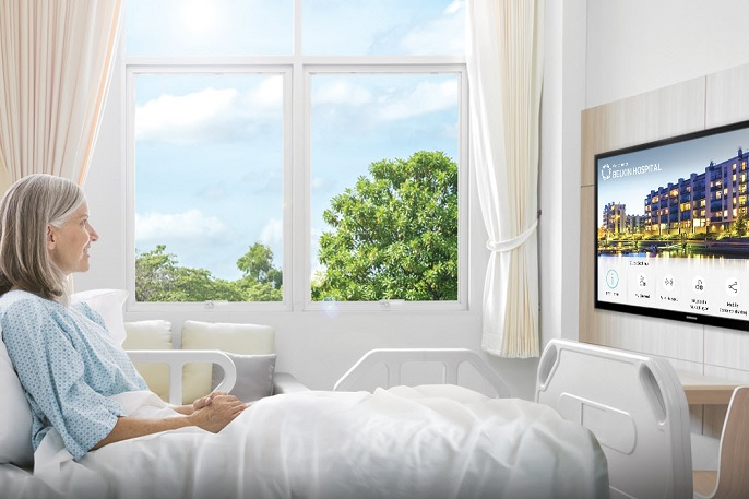 Consumer vs. Commercial TVs for the Hotel Room