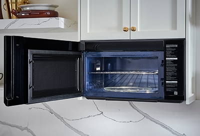 Samsung Microwave opened with light turned on inside