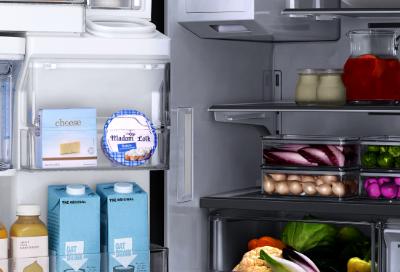 Refrigerator lights do not turn on