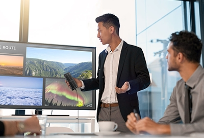 Man giving presentation with Samsung Dex