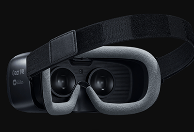 Use the Gear VR Straps