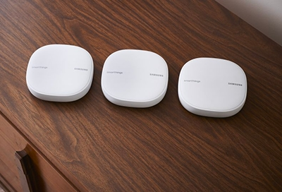 Multiple SmartThings Hubs sitting next to each other
