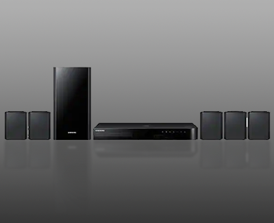 Images of Blu-ray player and speakers in a Samsung home theater system